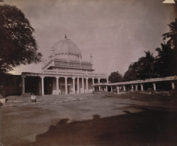 General view of Nathar Shah's Tomb, Tiruchchirappalli